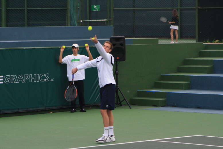 Sam Querrey serving to John Isner at the Inagural Charity Challenge at the Manhattan Country Club